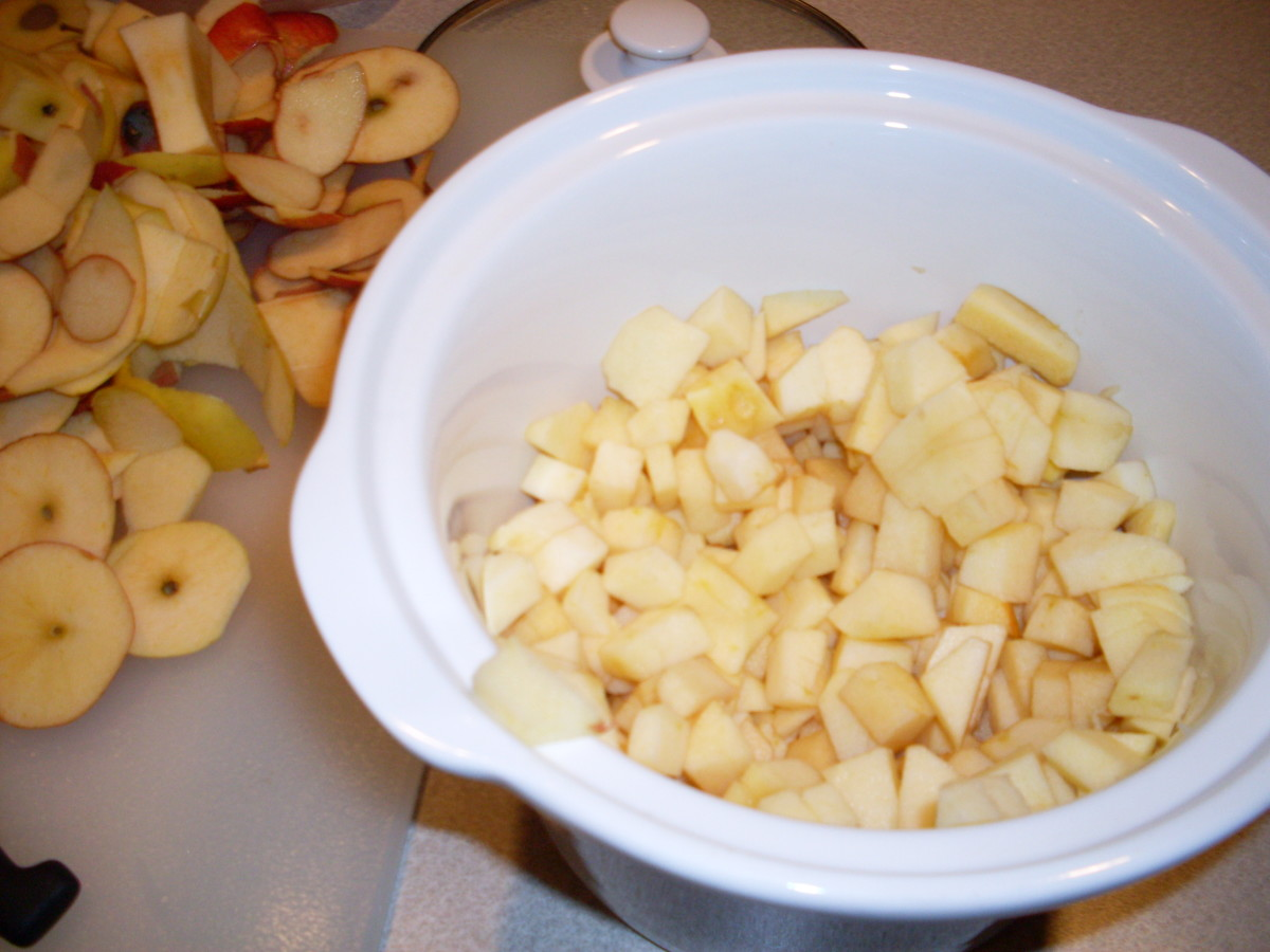 Peel, core, and chop up apples into little pieces.