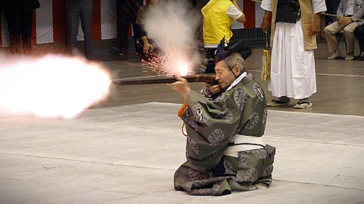 Demonstration of tanegashima shooting.