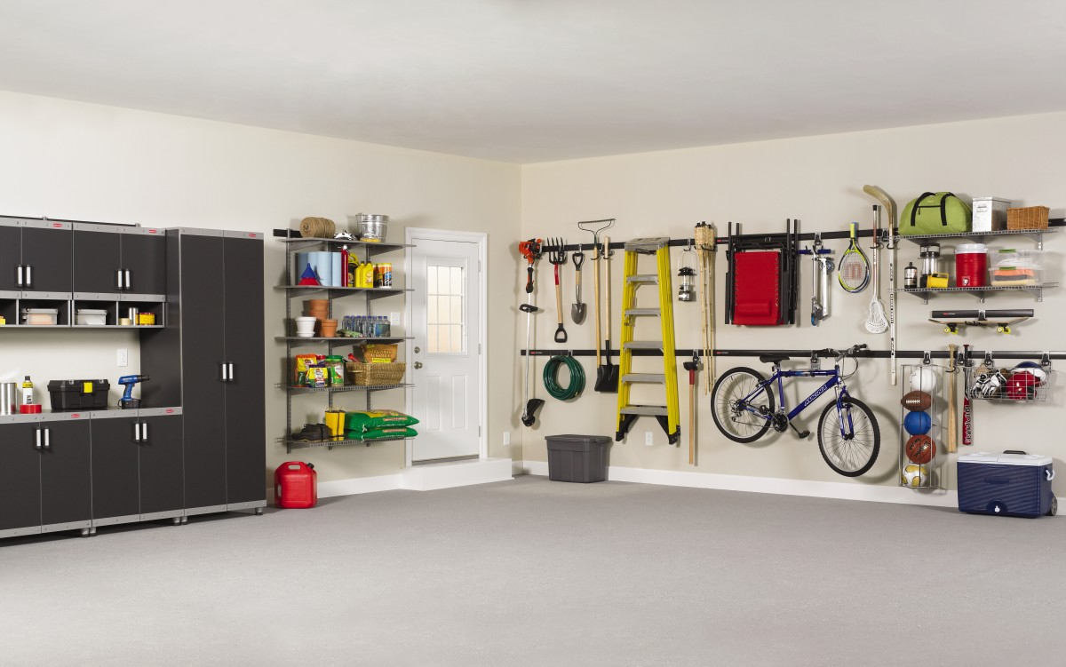 Here's an example of Rubbermaid's FastTrack system and accessories in a garage.
