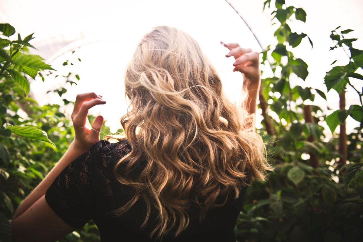 how-to-create-a-healthy-hair-routine