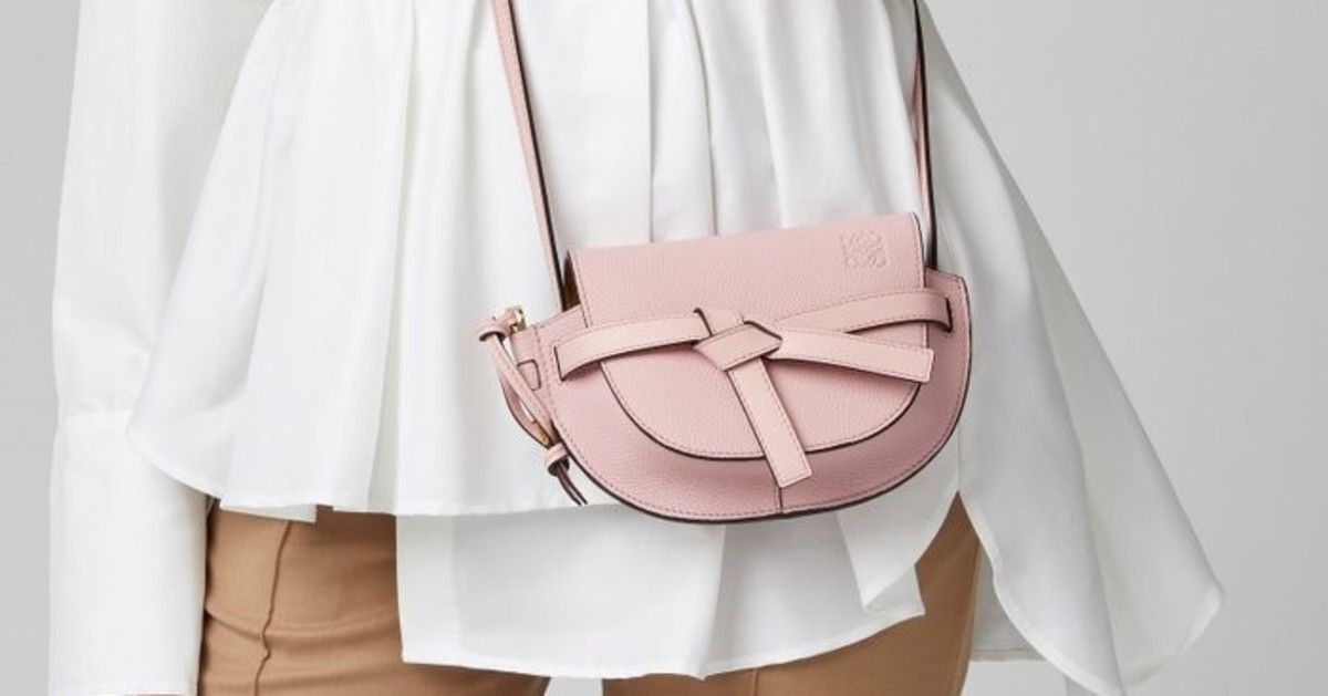 mini-nano-small-tiny-handbag-purse-trend-which-one-is-the-best-for-you