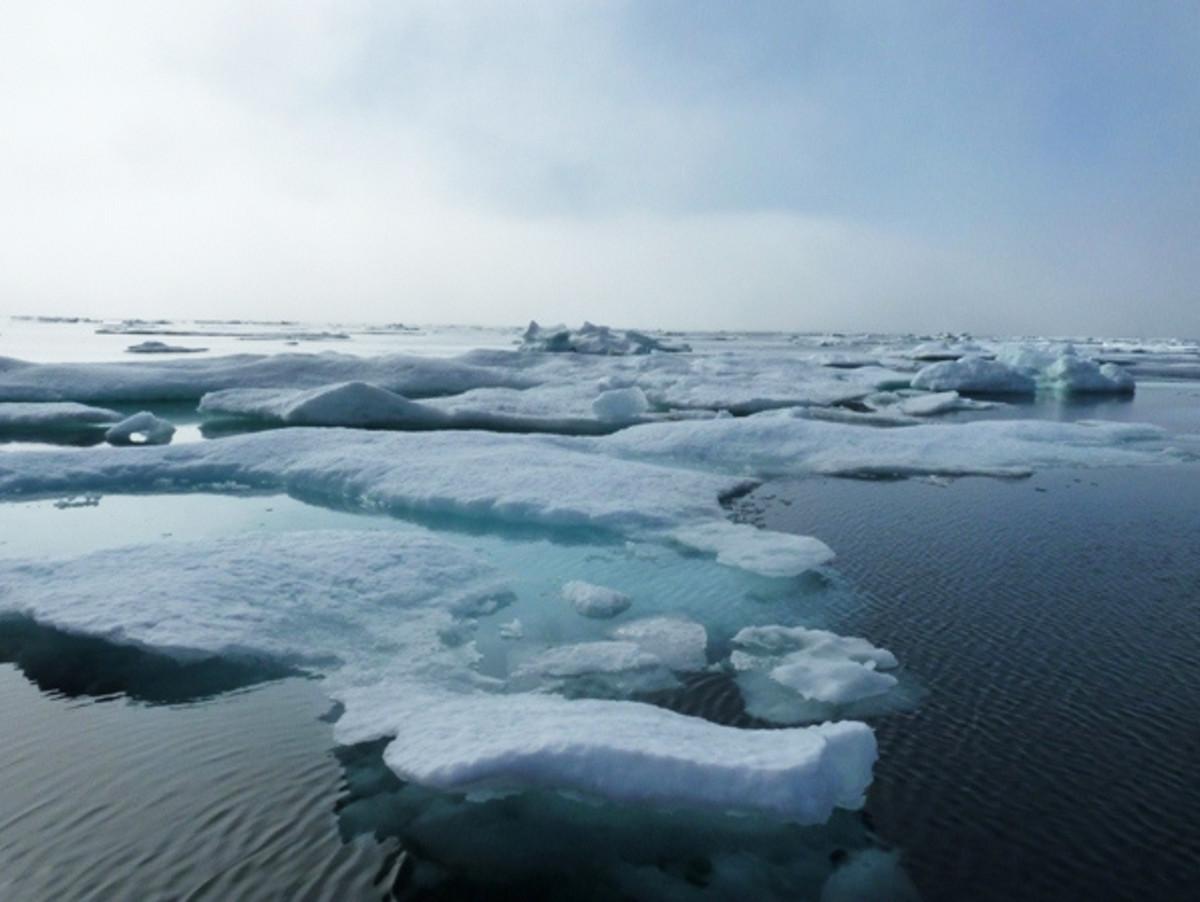 Icy Vista.  Photo courtesy NASA and Wikimedia Commons.