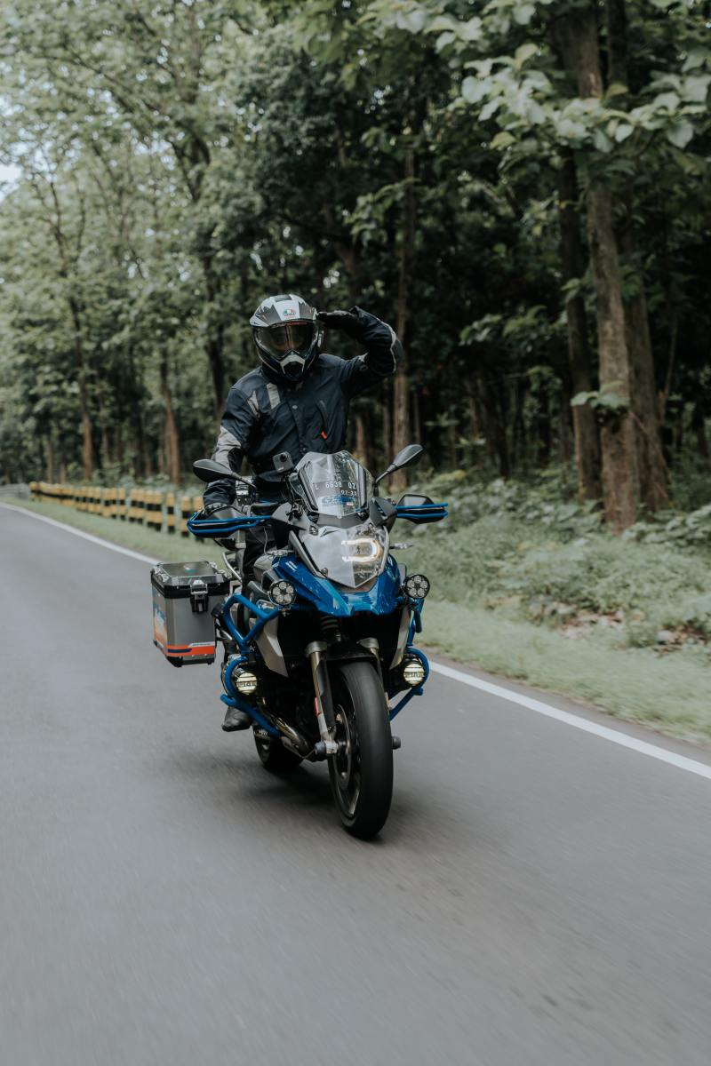 How to Go on Long Tours on a Bike.
