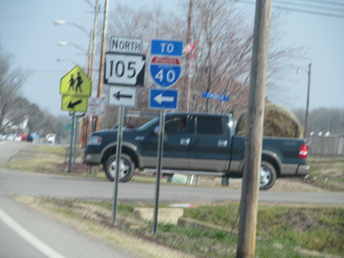 At Atkins, AR Junction 105 N, and I-40 are crossroads.