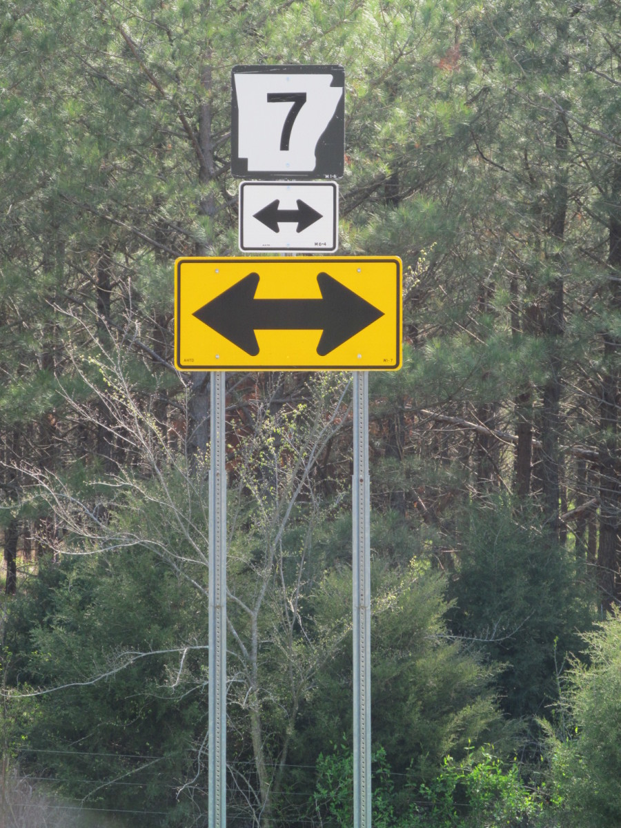 This is where Hwy 7N  at Hwy 333 comes out North of Dover Arkansas. Hwy 7 has Scenic signs both North and South