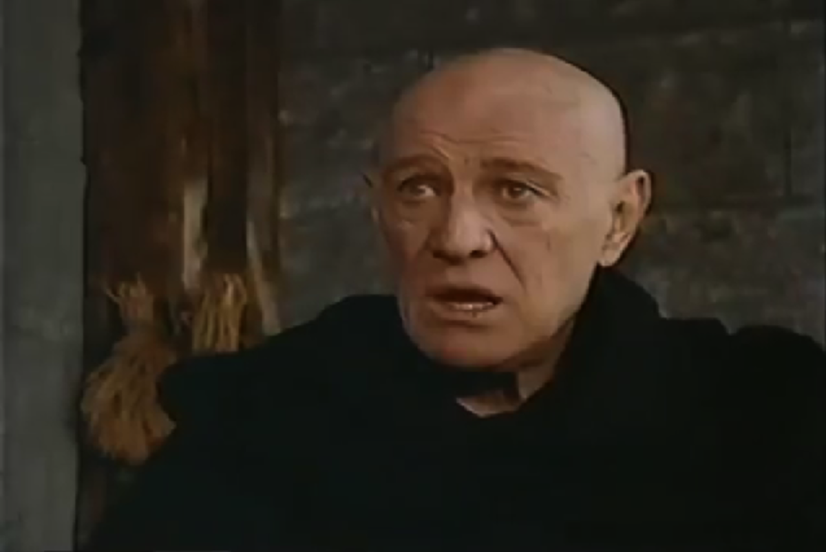 Richard Harris as Dom Frollo