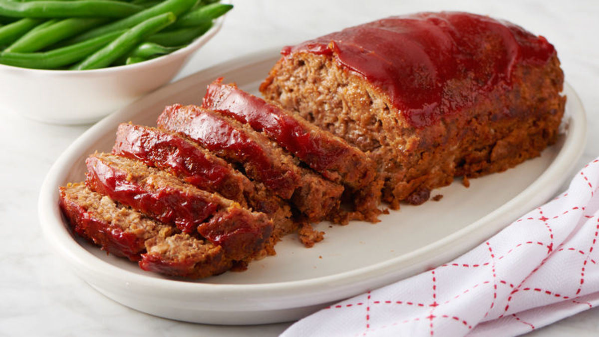 In 1949, meatloaf was a popular food trend.