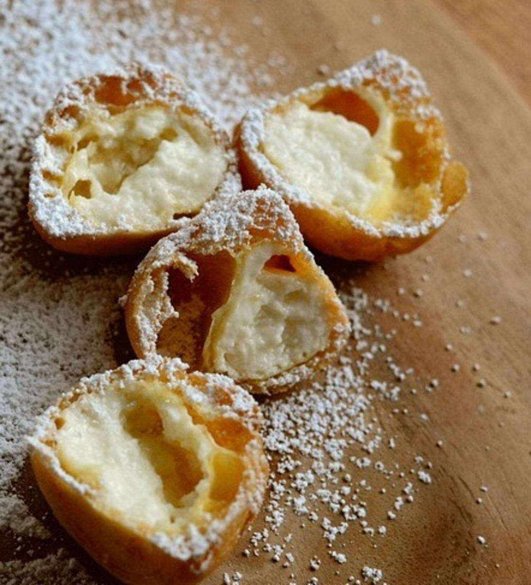 how-to-make-cream-puffs-eclairs-and-gougres