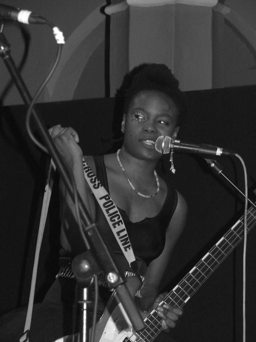Shingai Shoniwa is the lead singer of the Noisettes.