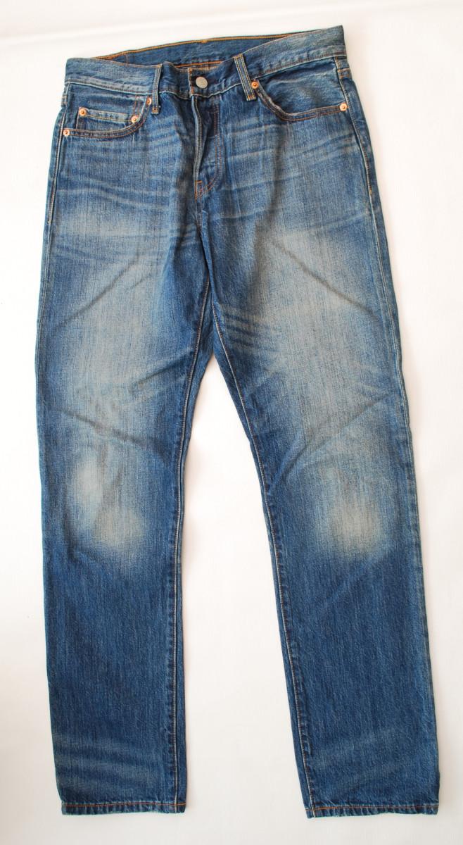 Levi 501 blue jeans