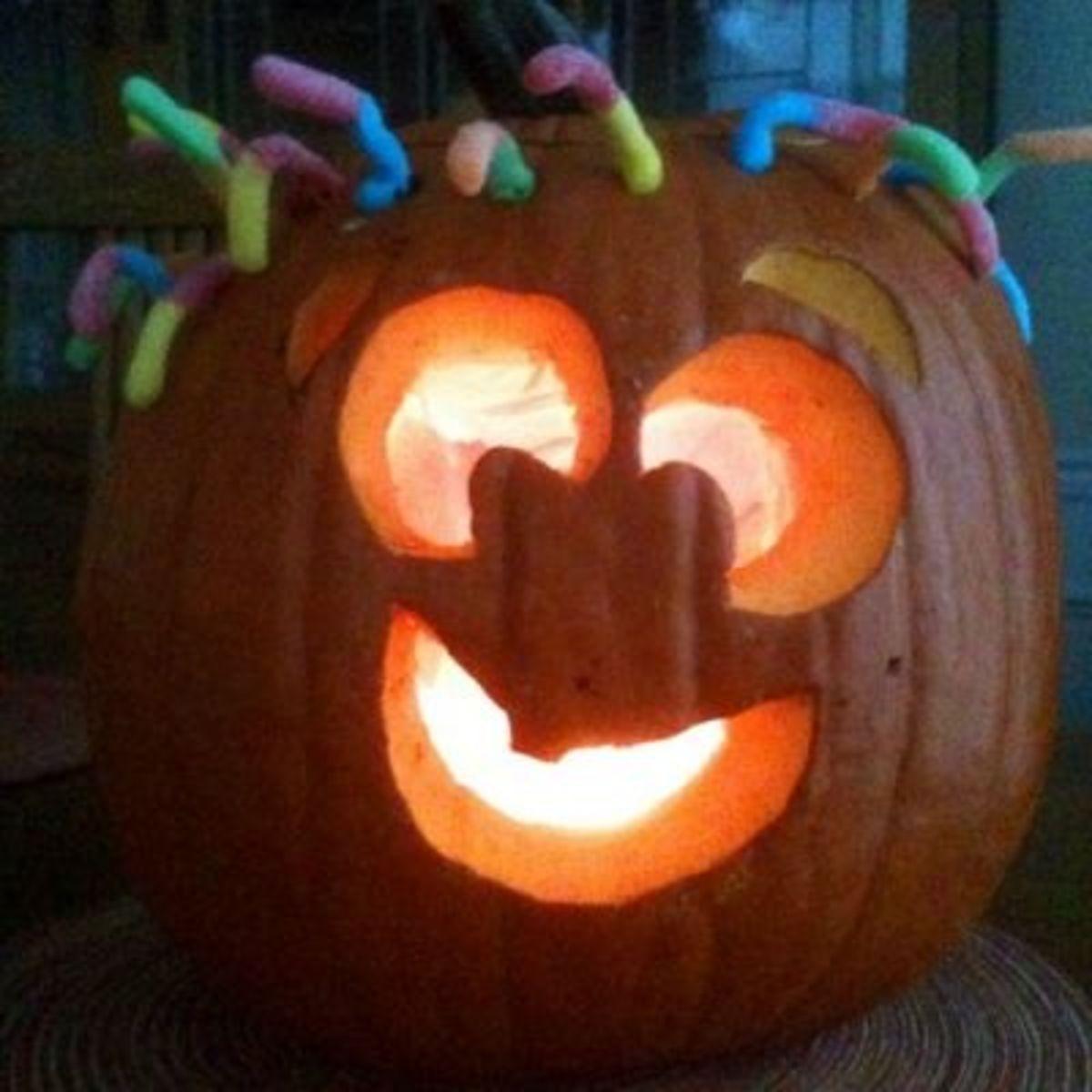 Carved Goofy Jackolantern Lit Up