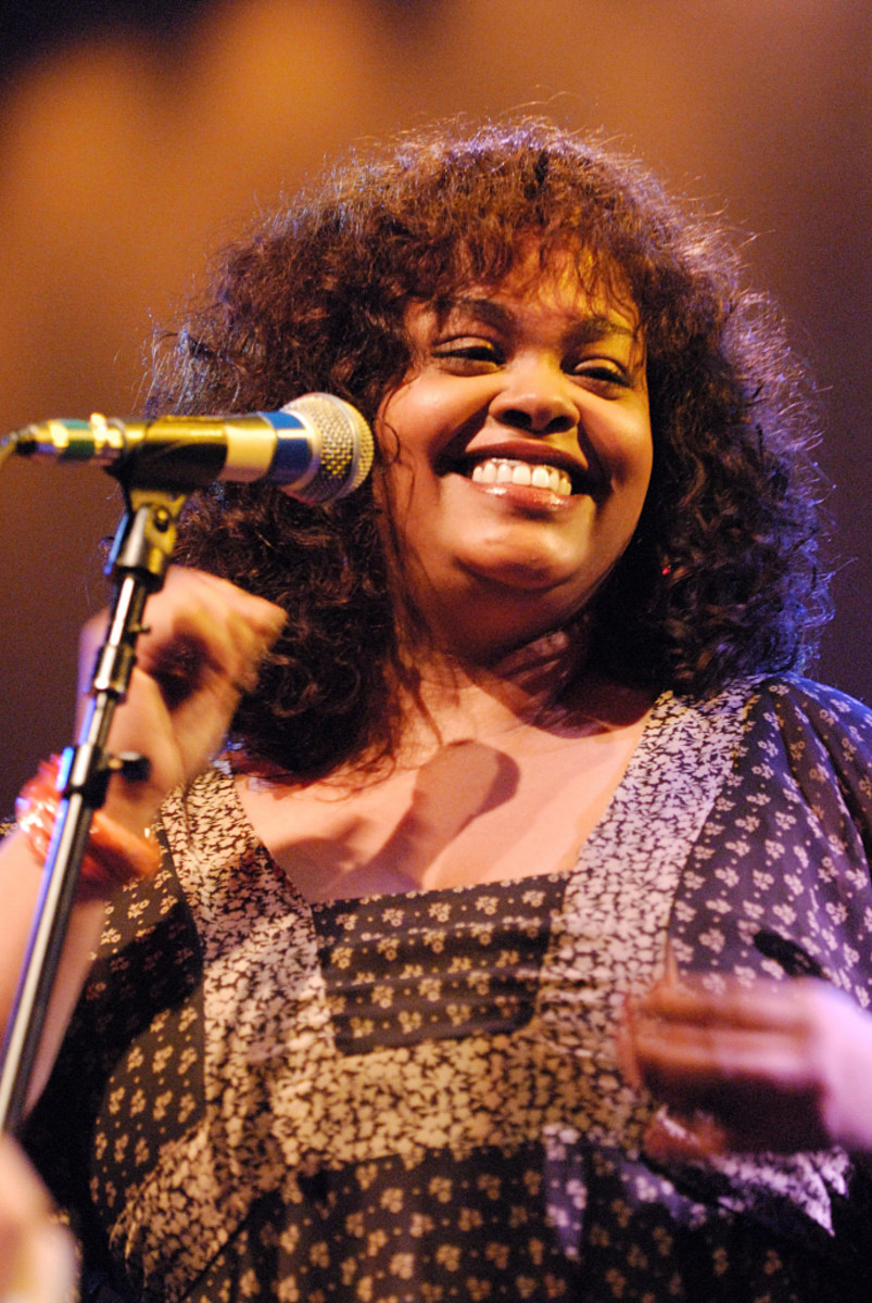 Jill Scott has a captivating sound that will seduce you and mellow you out at the end of the day.
