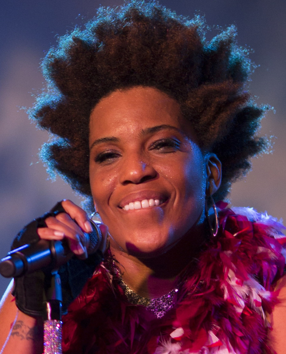 Macy Gray is a soul singer-songwriter with a unique voice that is reminiscent of Billie Holiday.