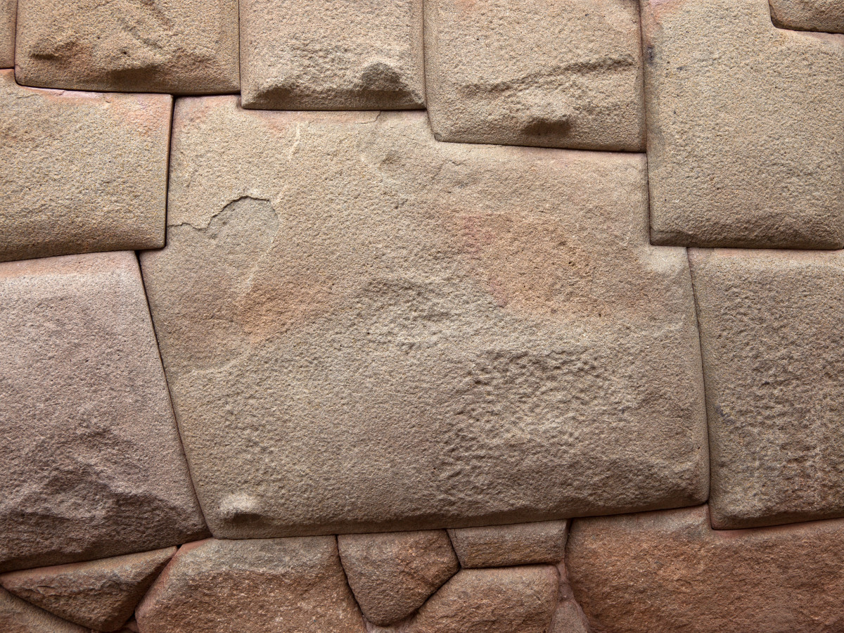 "Cusco, street Hatun Rumiyoq (""the one with the big stone""), with its stone of 12 angles"
