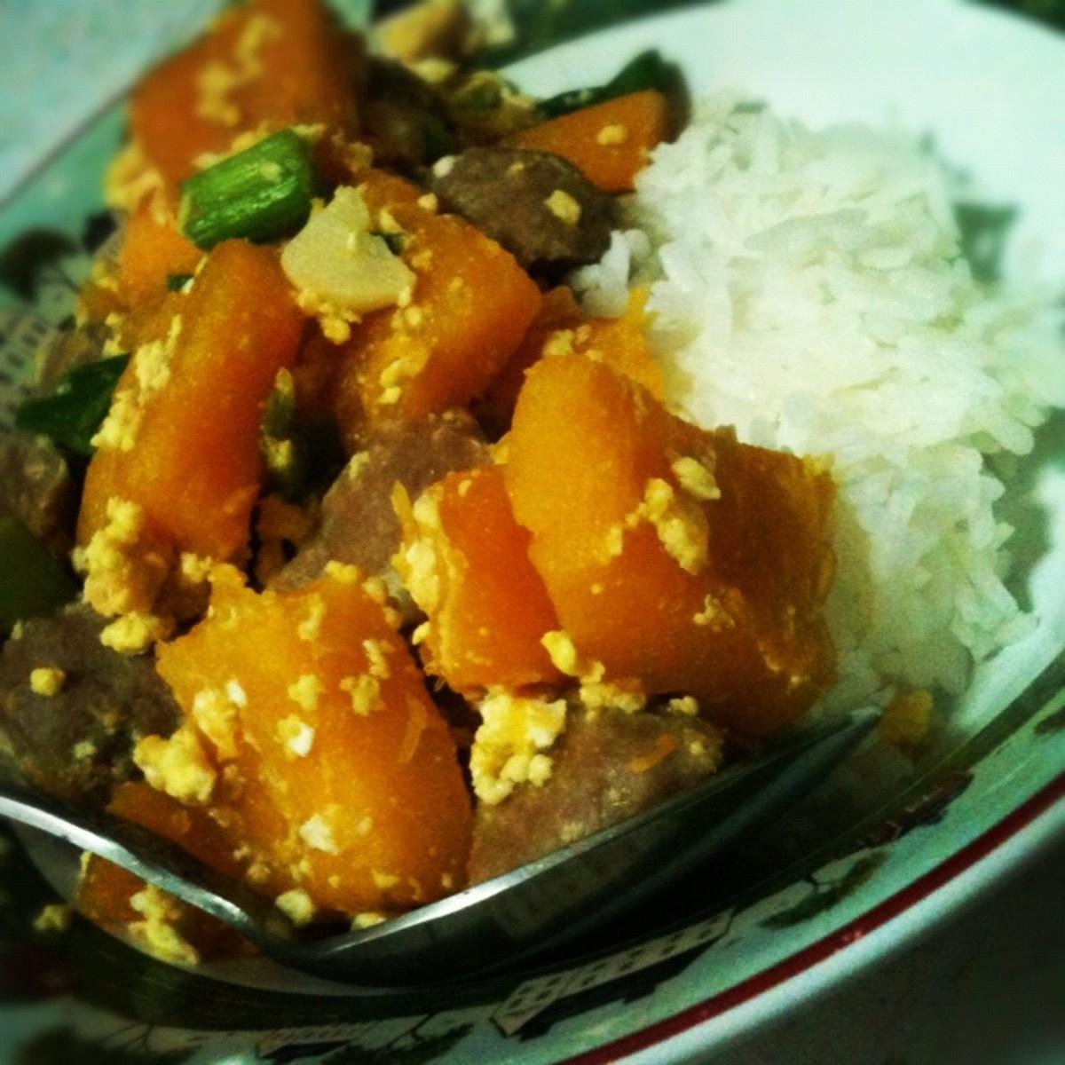 Thai Pumpkin Stir Fry with Steamed Rice