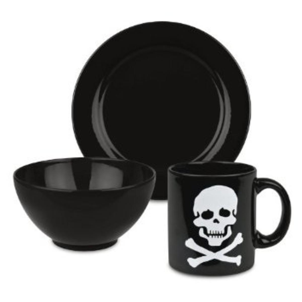 Waechtersbach Skull Dish Set for Halloween
