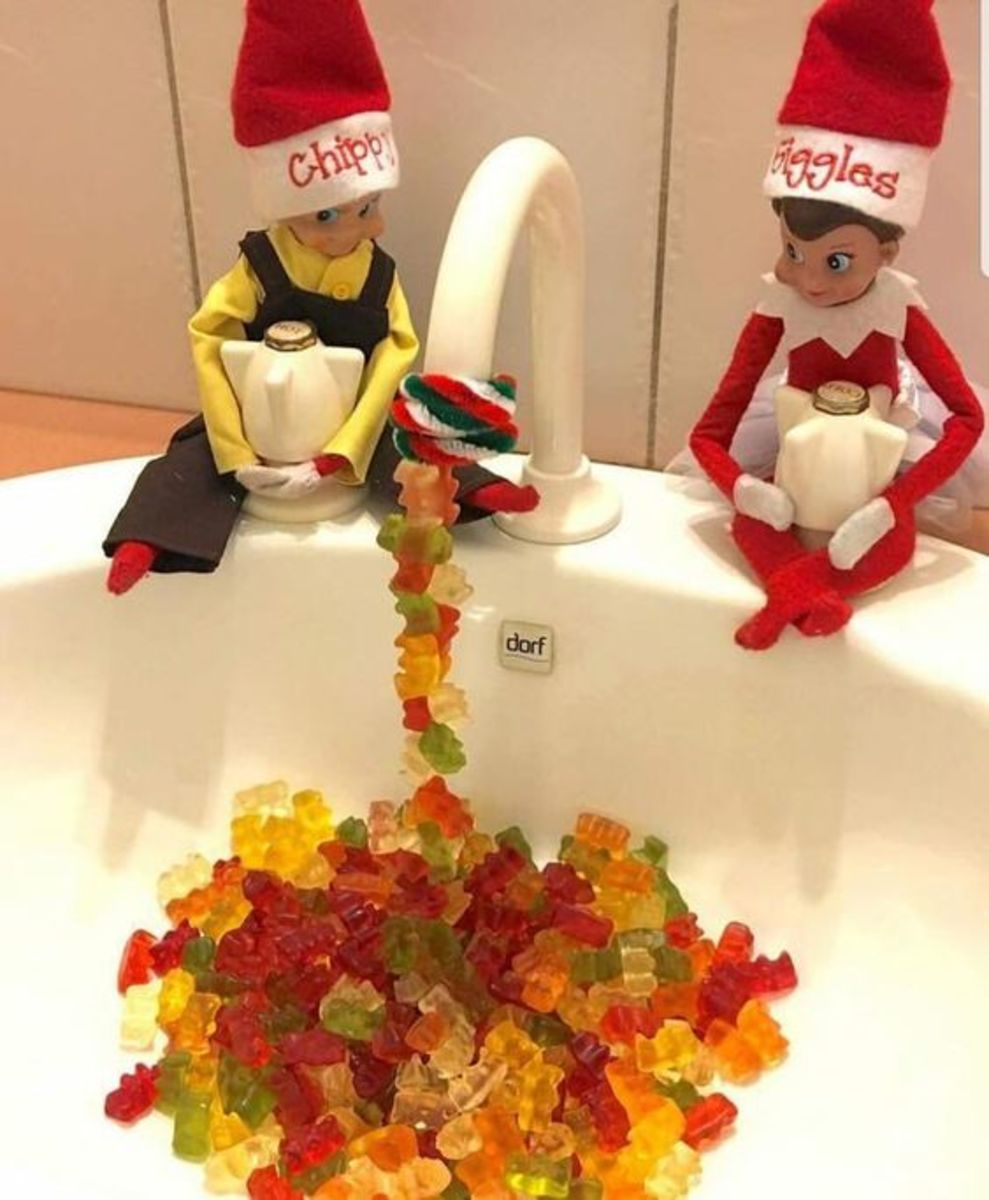 75 Funny and Easy Elf on the Shelf Ideas for Christmas 2021