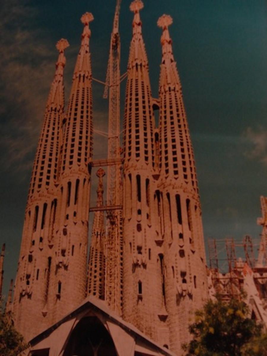 Sagradi Familia Cathedral
