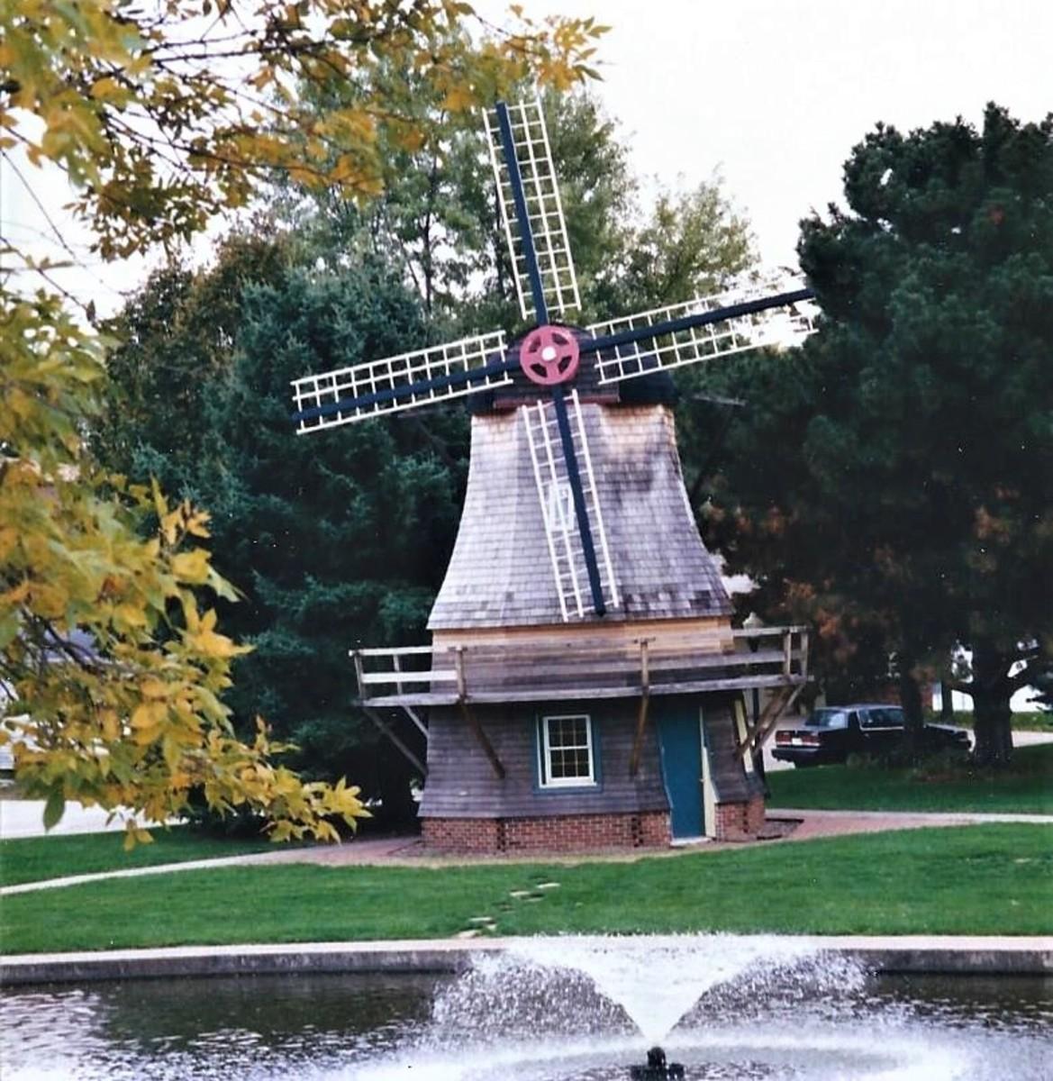 Pella, Iowa: Dutch Heritage, Tulip Time, and More!