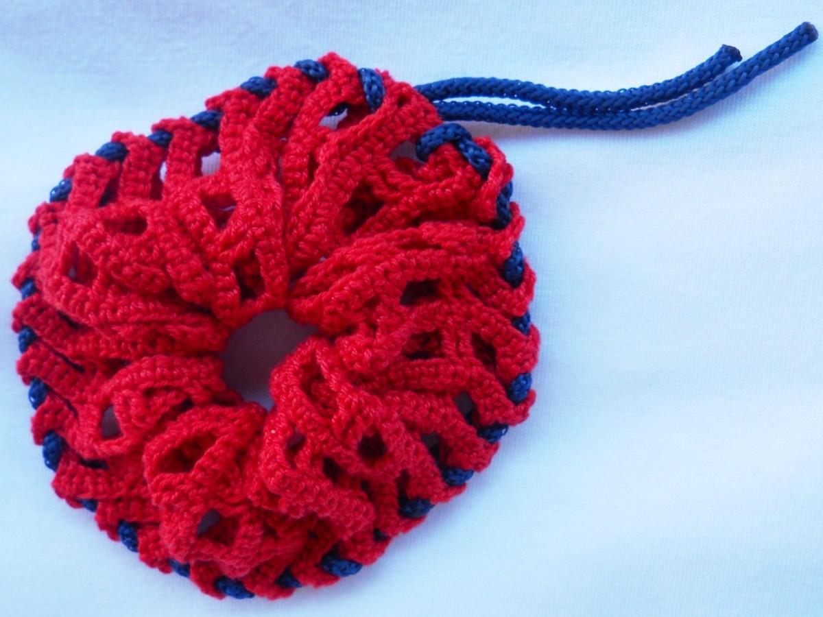 SHOELACE Scrunchies Free Crochet Pattern