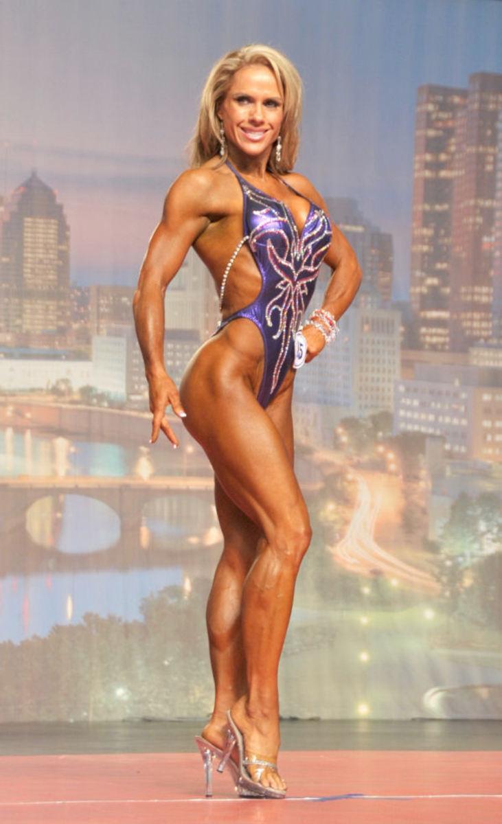 Beautiful Women - Model & Fitness Figure Competitor Monica Brant