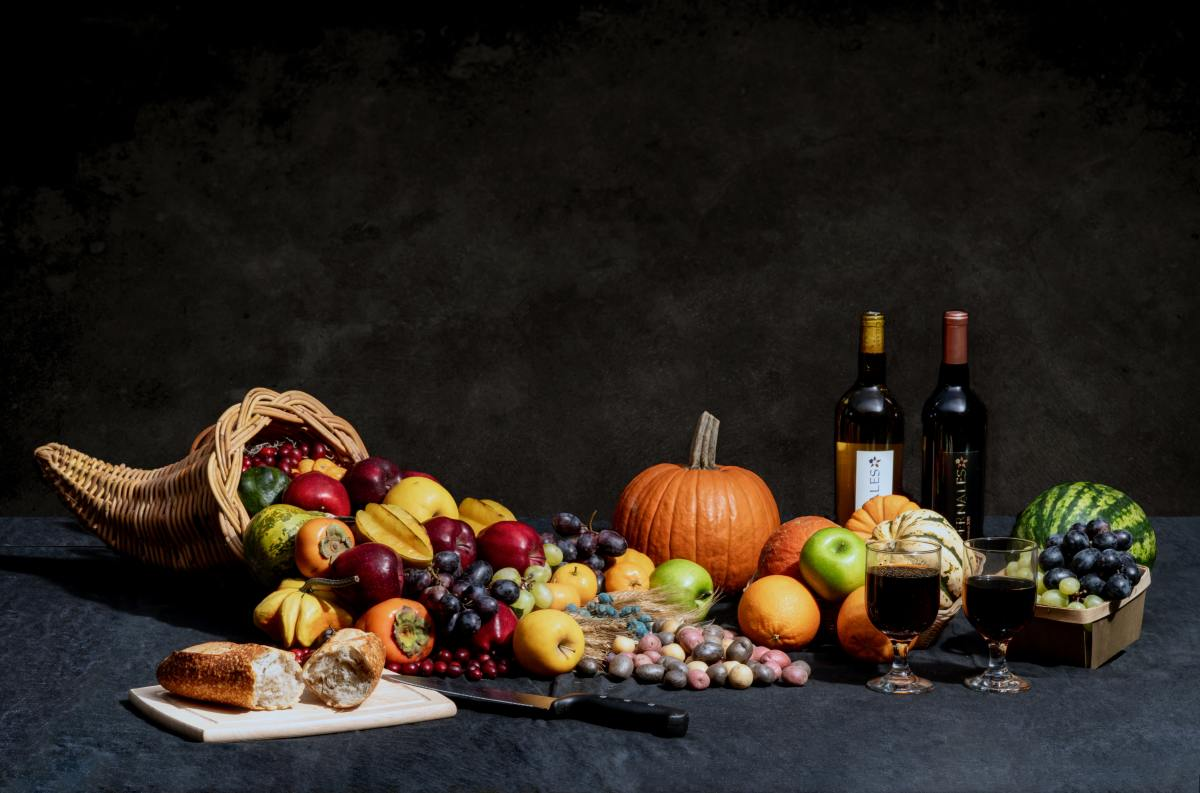 The fall equinox is represented by many symbols, including the cornucopia.