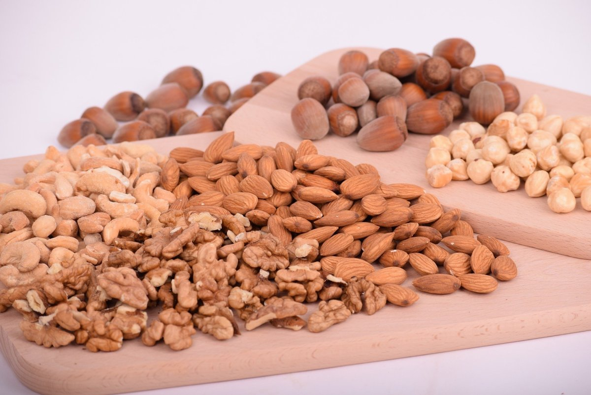 5 Best Nuts for Losing Weight fast: Lose Calories and Stay Full