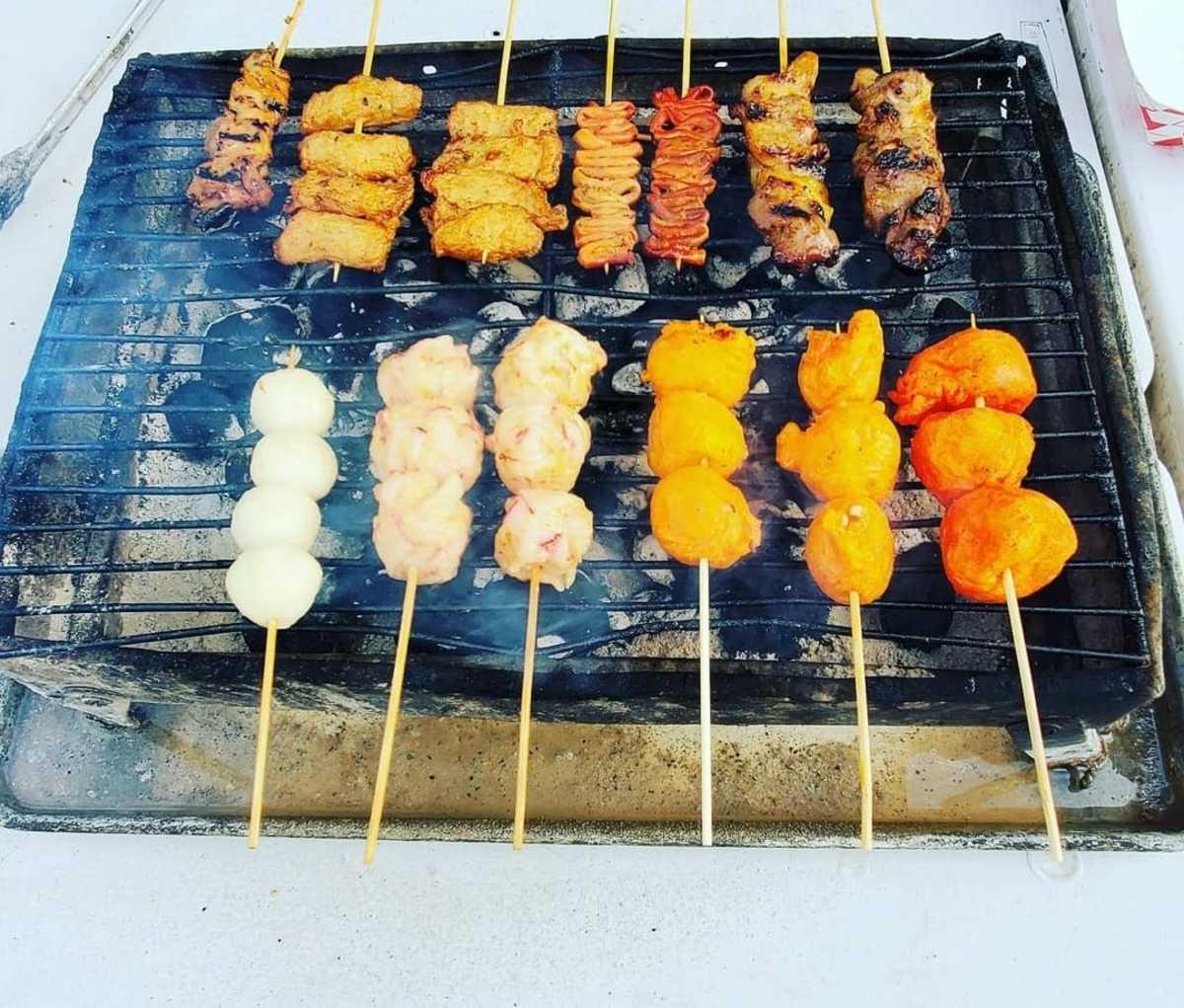 20 Popular Must Try Filipino Street Foods
