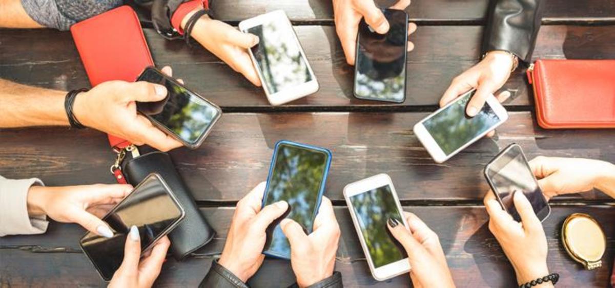 Negative Effects of Modern Communication