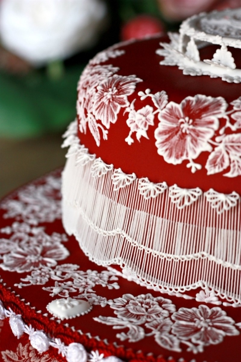 Spanish-Themed Wedding Cakes