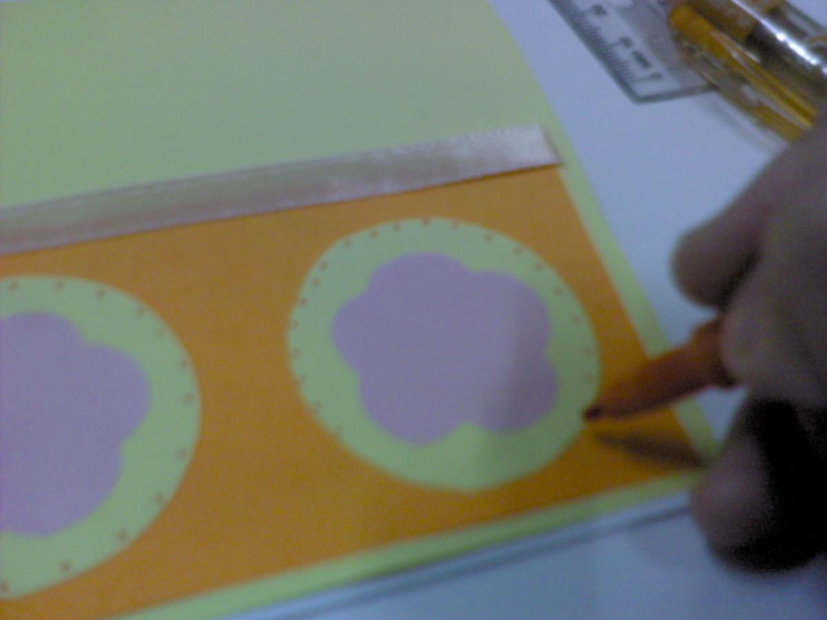 Dot around the yellow circles