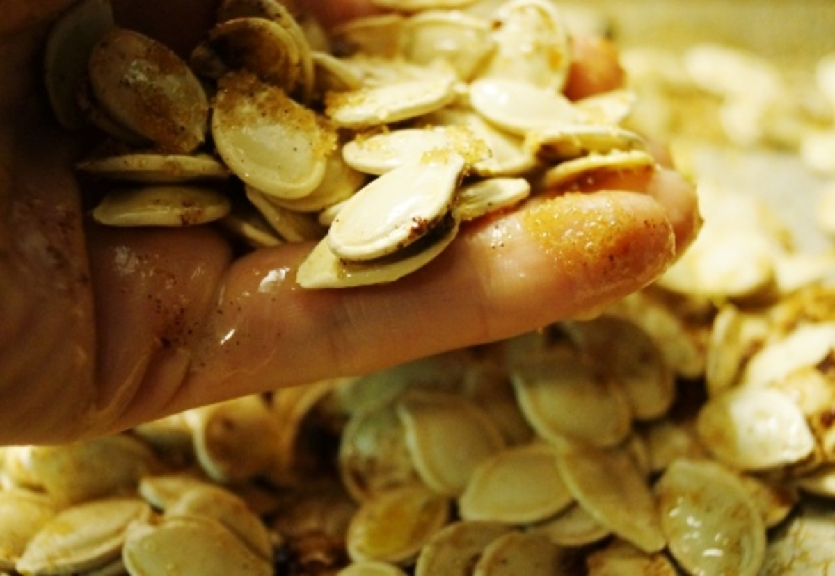 Mix the seeds together with your fingers.