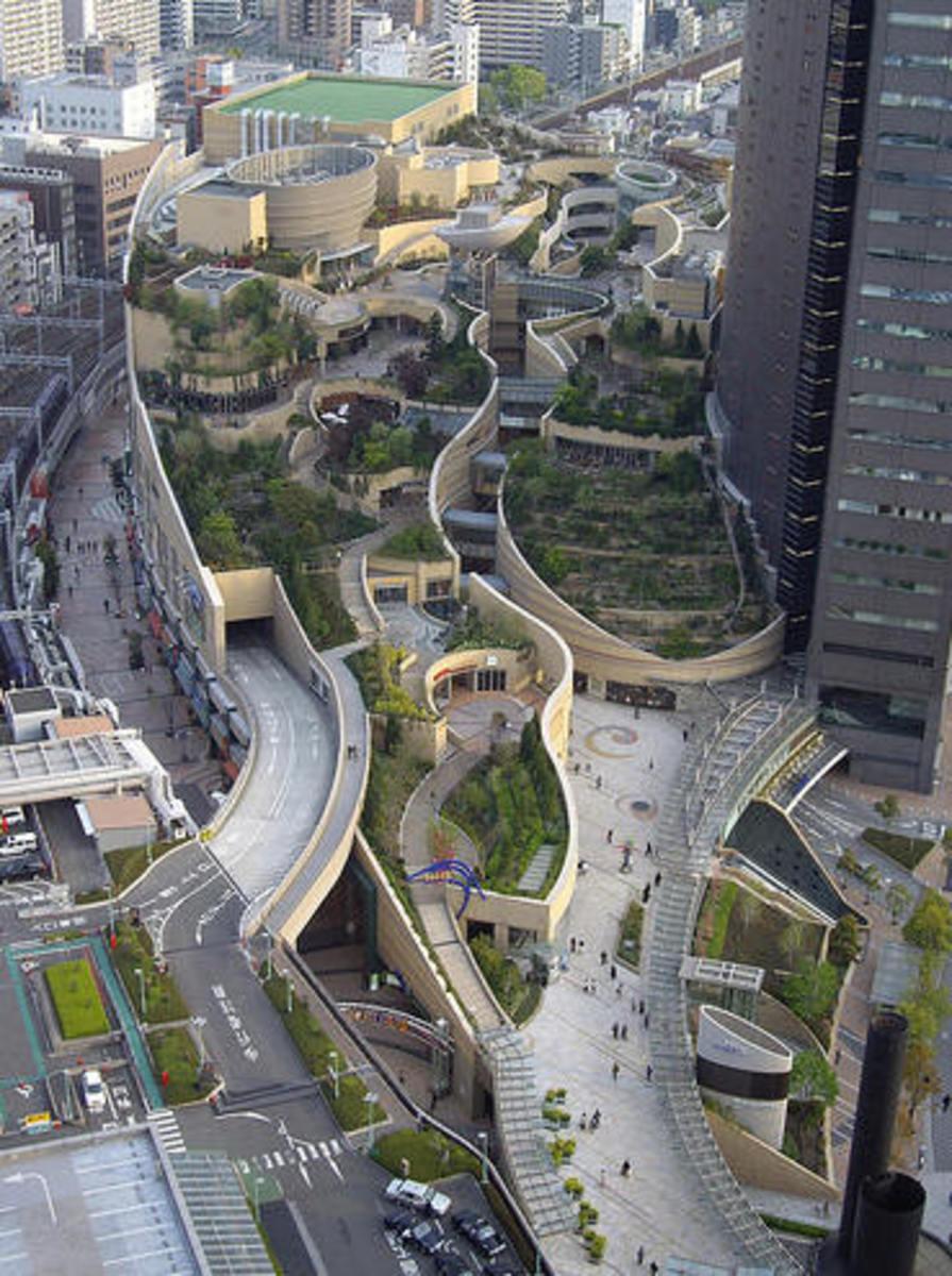 Japan: Osaka Namba Parks