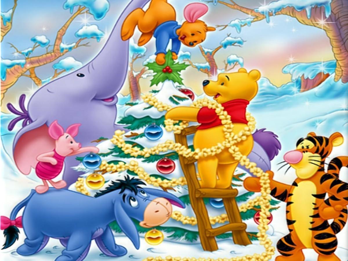 winnie the pooh decorating tree