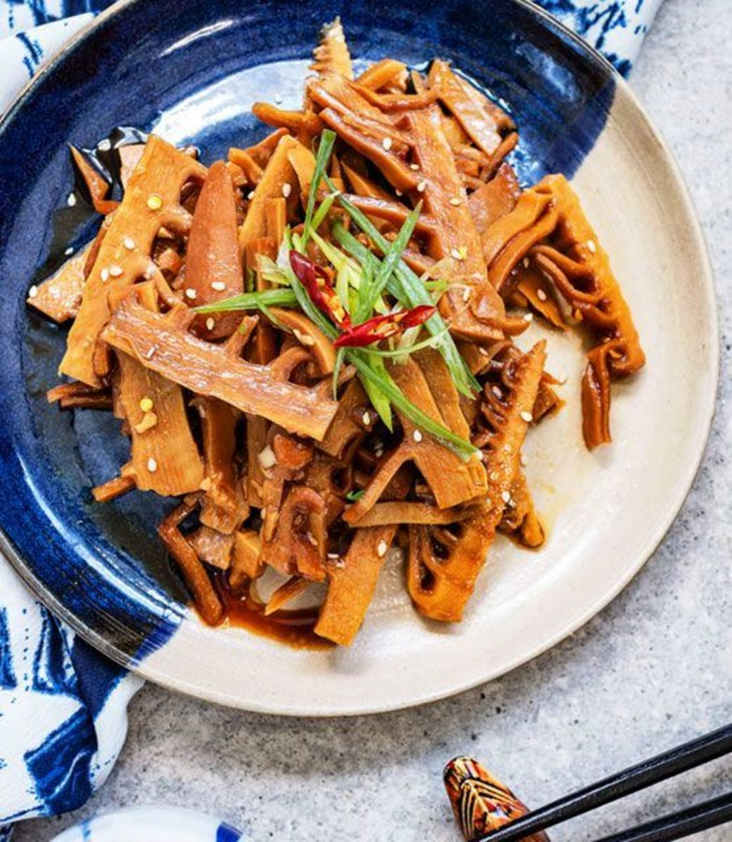 Braised bamboo shoots with soy (menma)
