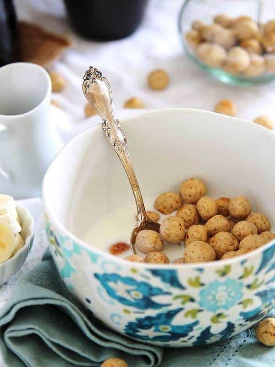 vanilla-almond cereal puffs