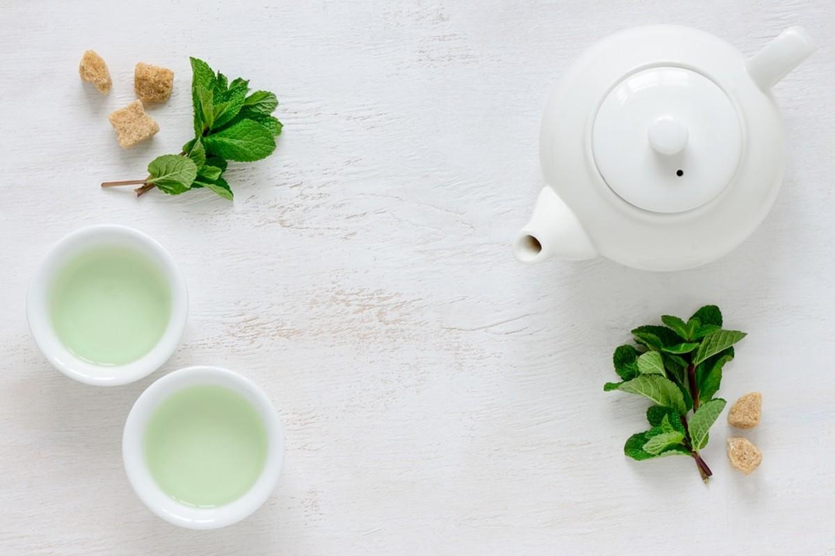 Serving green tea regularly benefit the heart