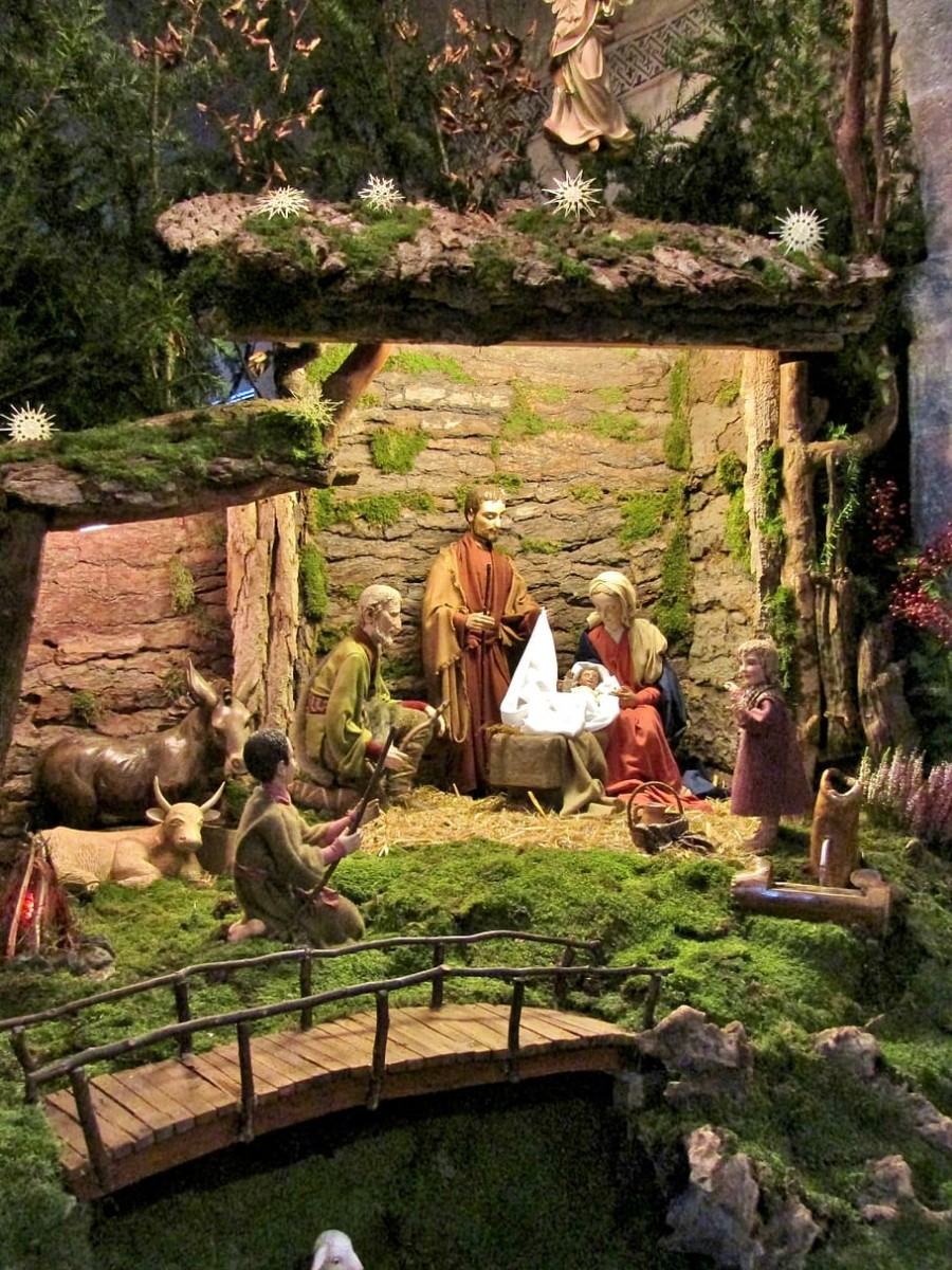Beyond Christmas Holiday, an Ageless Story - the Extensive Universe Met at Bethlehem