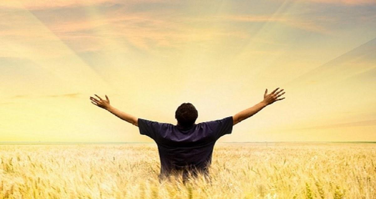 Why Are Christians Happier & Healthier, Better Spouses, Better Neighbors & Better Citizens, Who Live Longer Lives?