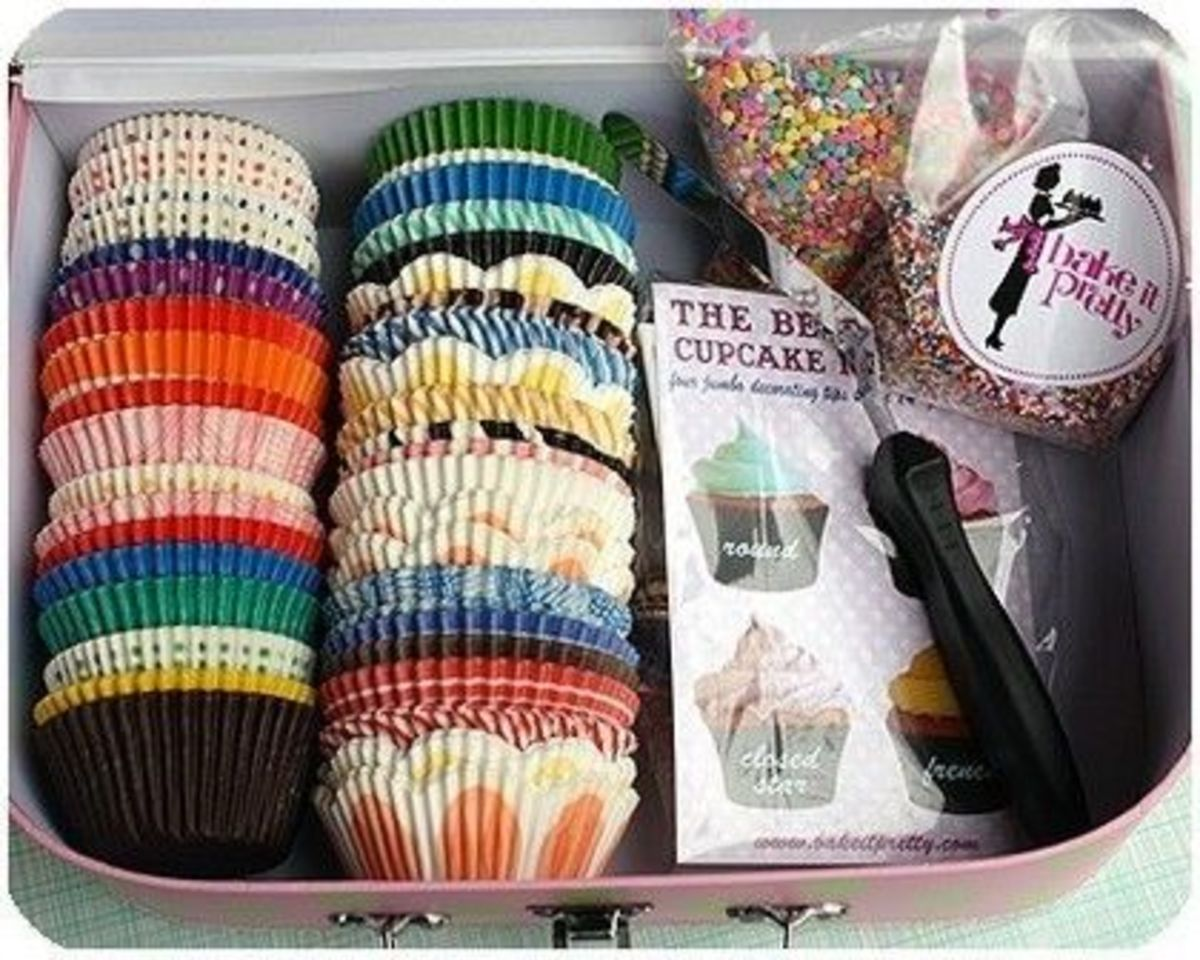 A variety of cupcake wrappers tucked in a box would be such a precious gift!!