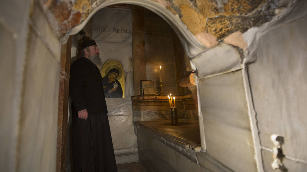 The Tombs of Christ in the Holy Land