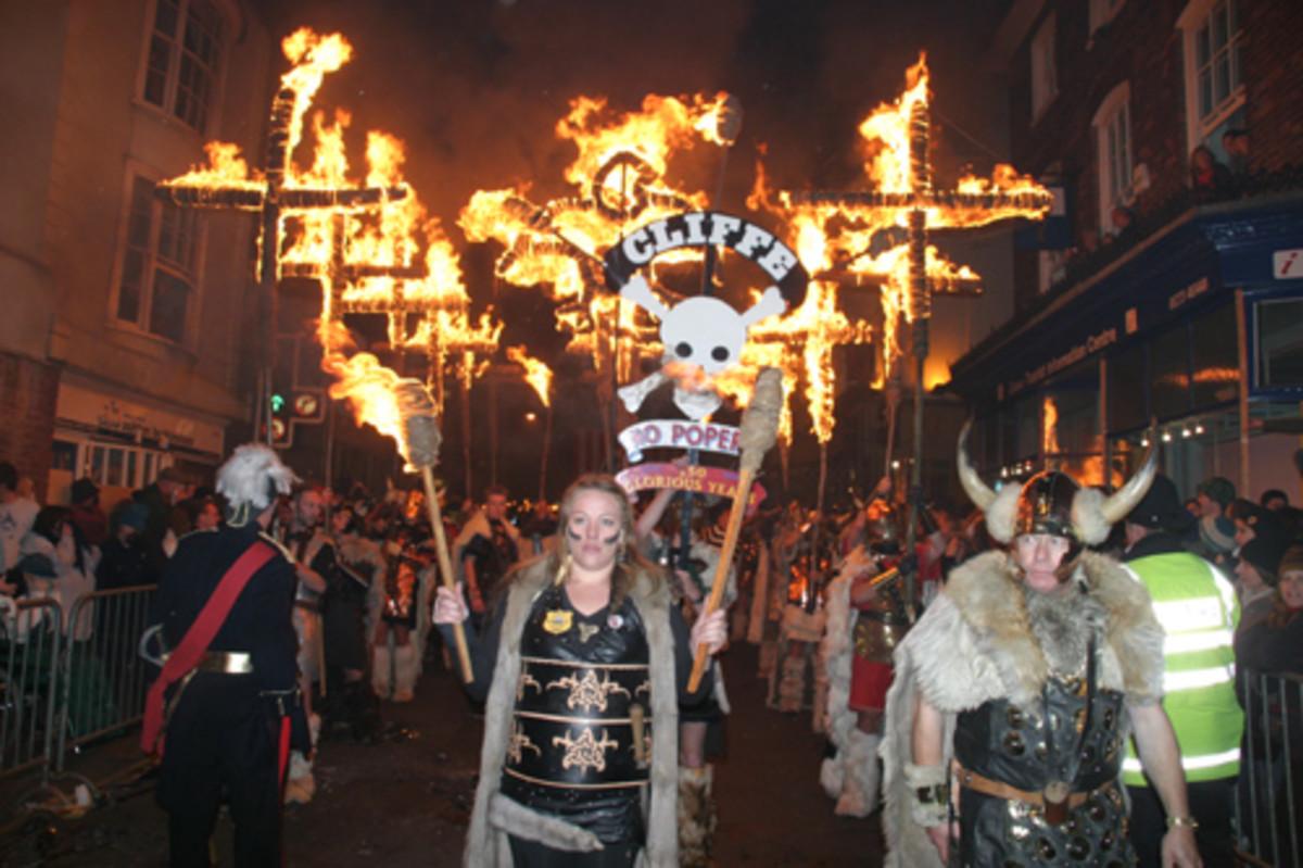"Lewes: ""we burn to remember"""