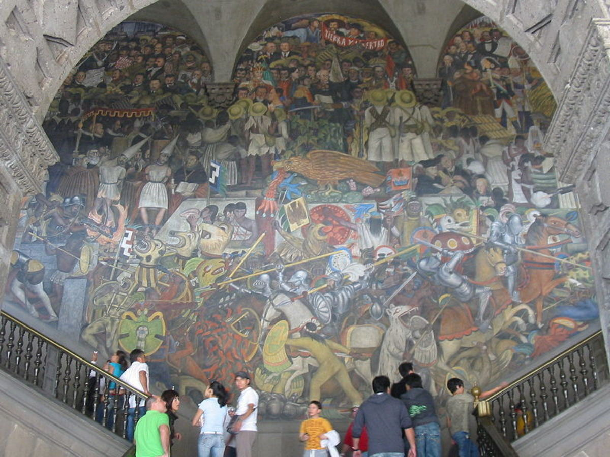 MURAL INSIDE NATIONAL PALACE IN MEXICO CITY BY DIEGO RIVERA DEPICTS HISTORY OF MEXICO