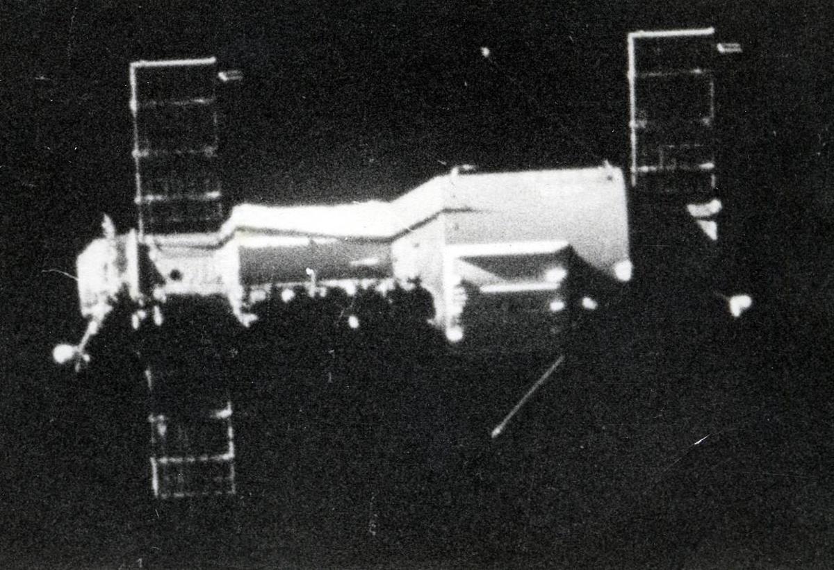 Grainy image of Salyut 1.