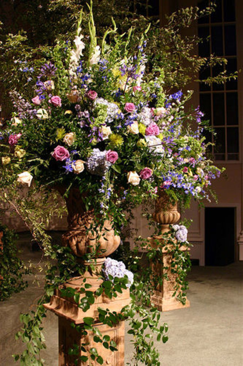 Every wedding needs gorgeous flowers.