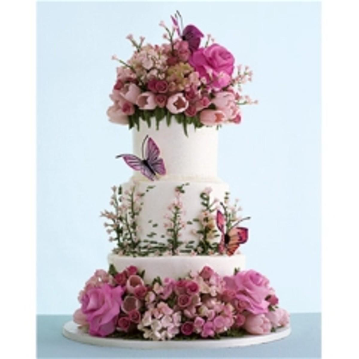 """Sylvia Weinstock """"Flora and Fauna"""" cake."""