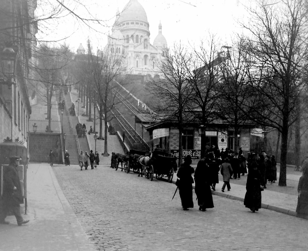 Paris Funicular Railroad at Montmartre. Photo taken by Yan Terrien's grandfather Maurice Terrien 1914-18