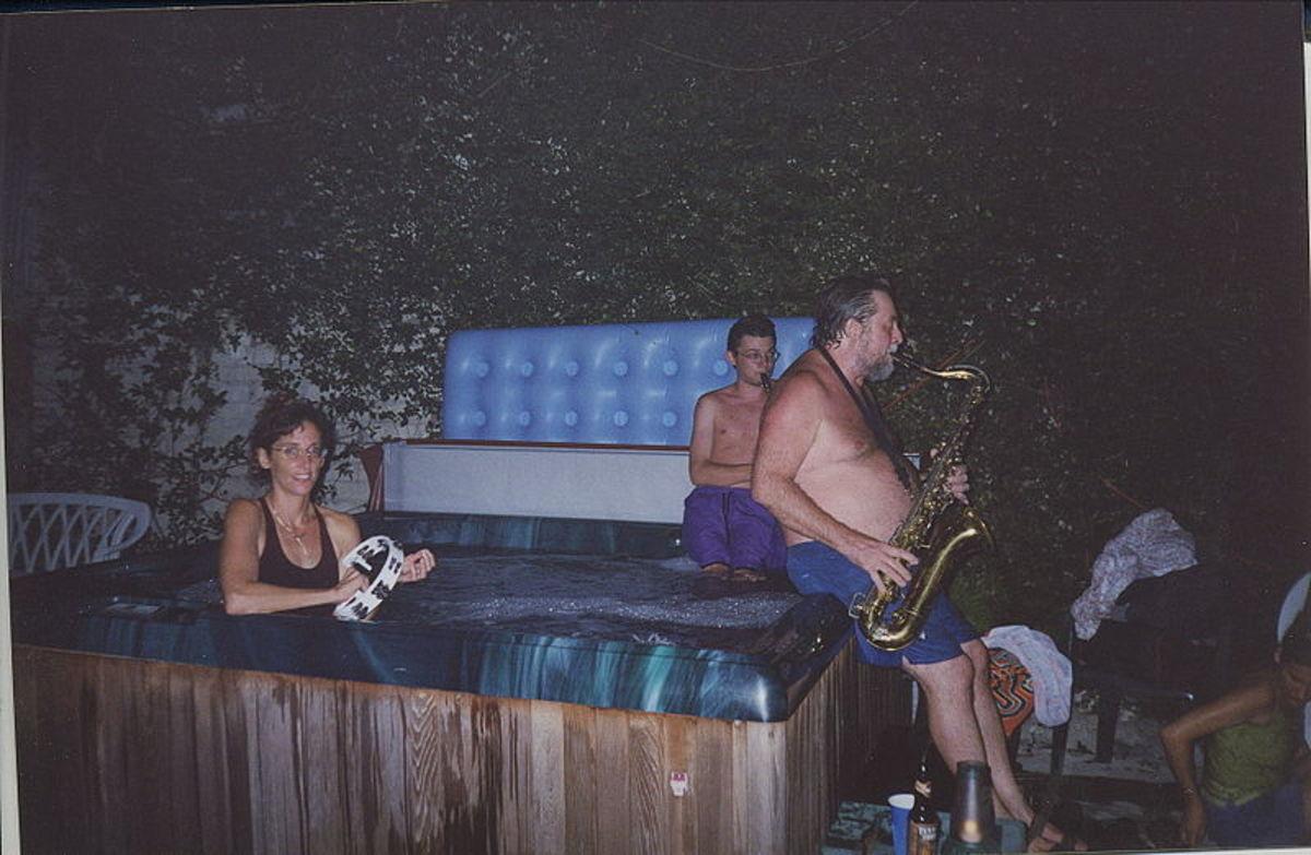 "Hot tub at New Orleans ""Jam & Soak"" party, 2002"