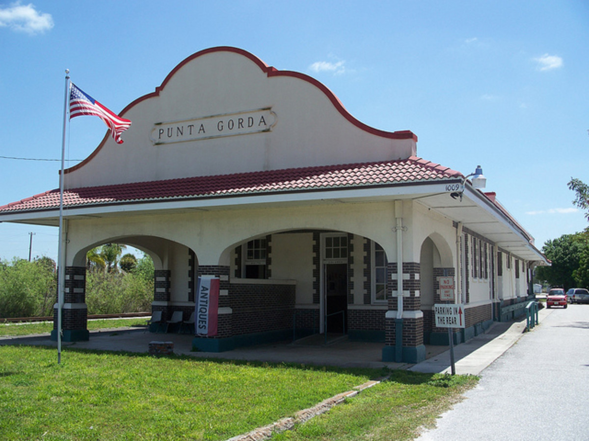 Punta Gorda Atlantic Coast Line Depot. This site is featureed in at least one of the Punta Gorda Murals.