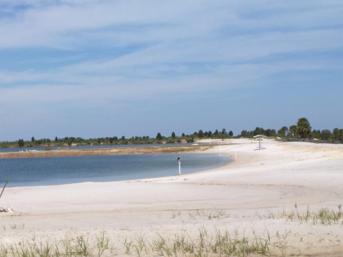 White Sands Beaches & Spring-Fed Fresh Water Lake